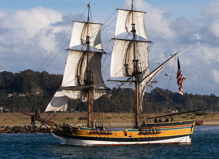 Lady Washington, a modern replica of a 1700s sailing ship. Credit: Flickr/mikebaird
