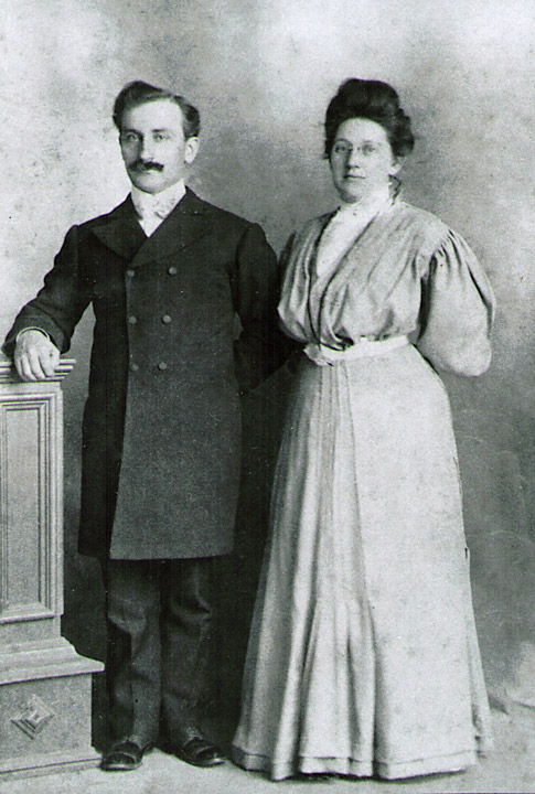 "Francis Eugene and Gertrude ""Robbins"" Hagenbuch, circa 1906"