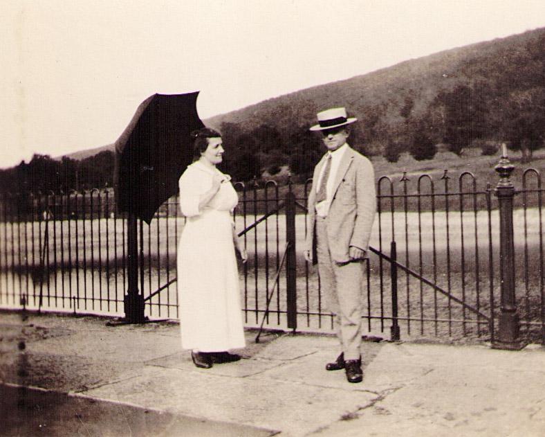 """William & Kathryn """"Hagenbuch"""" Roat"""