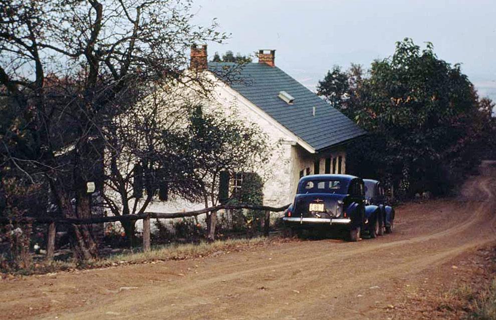 Schambacher's Tavern Hawk Mountain c1938