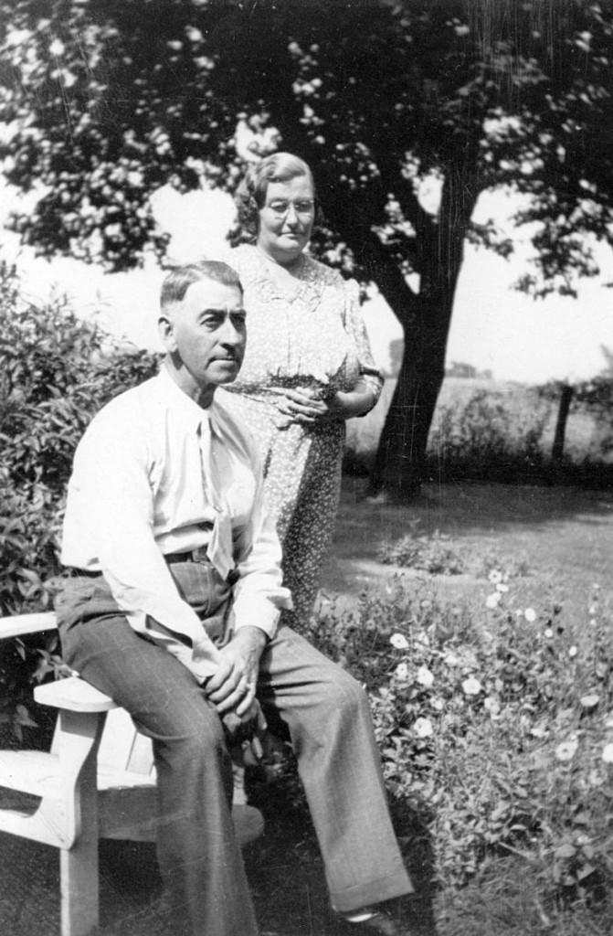 """Charles George & Cora """"Bartlett"""" Hagenbuch"""