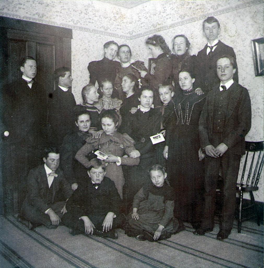 Hagenbuch family parlour games 1900