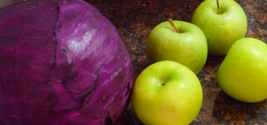 Red Cabbage Green Apples
