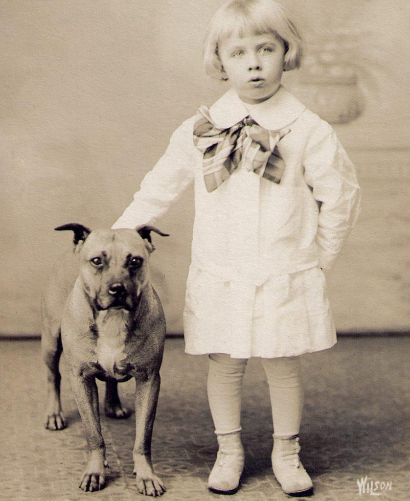 Edgar Reed with Bulldog 1914
