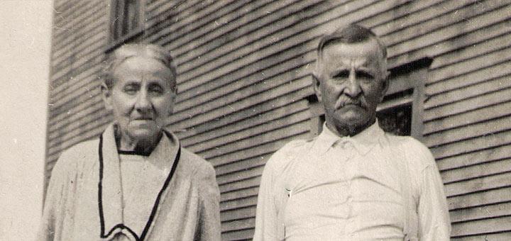 Joseph Hagenbuch, Emma Frances (Hagenbuch) Reichard, 1930