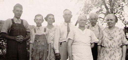 Cromis and Sechler Family Members, 1936