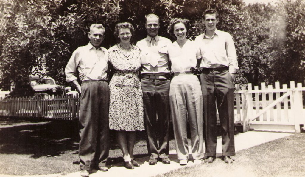 Ernest and Hannah Hagenbuch family, 1943