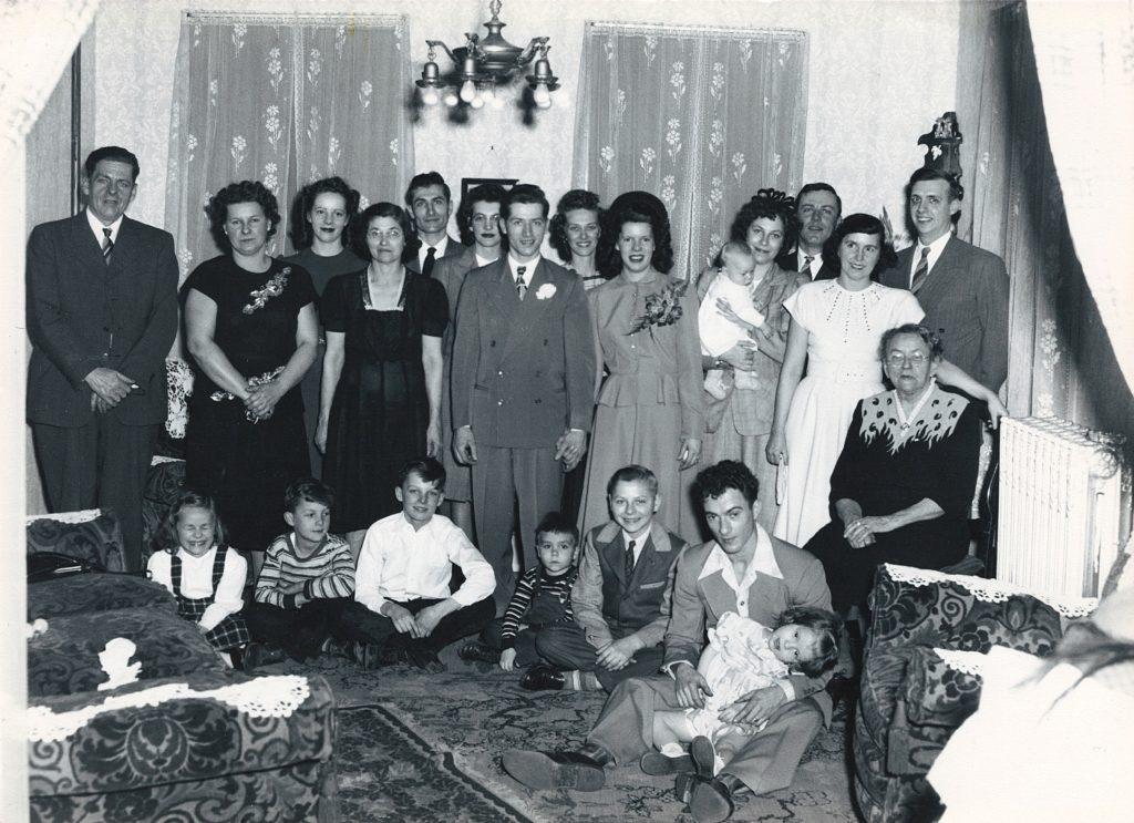 Gloria Felix and Wilson Faus Wedding Photo Detail