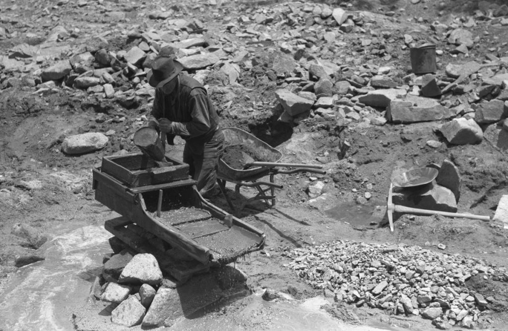 Rocker Gold Mining Cradle 1940