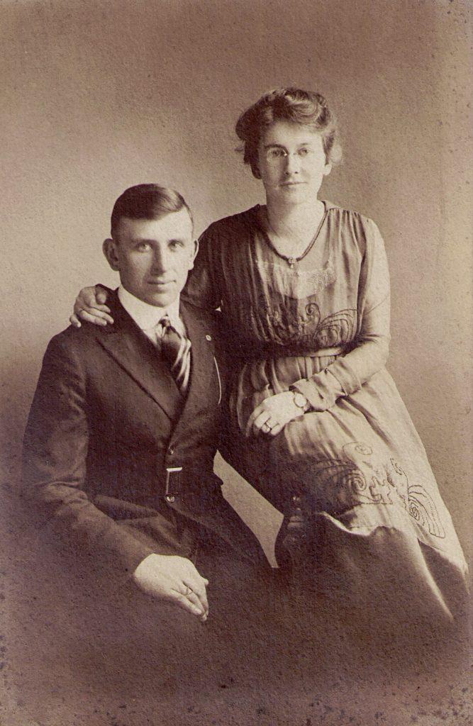 Roy Sr. and Mary Pearl (Brenneman) Gutshall, 1918