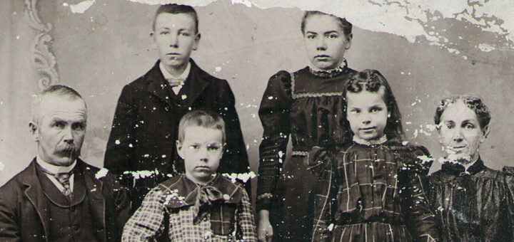 Samuel and Mary Sechler Family 1899