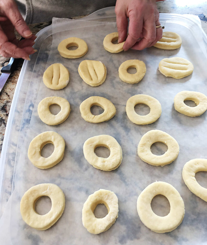 Doughnuts/Fastnachts Cut Out