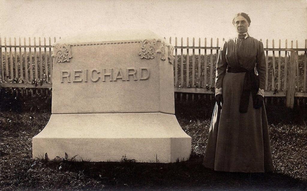 Clara (Hagenbuch) Reichard, 1910