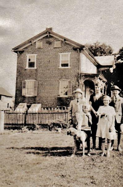 Andrew Pierce Hagenbuch Farmhouse