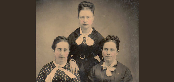 Anna, Emma, Elmira Hagenbaugh